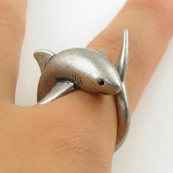Animal Wrap Ring - Silver Shark